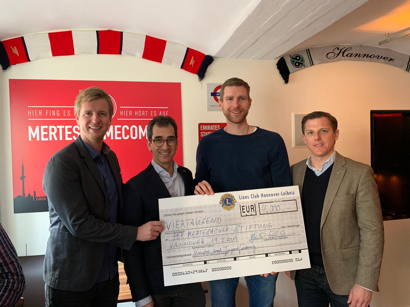 Lions Club Hannover-Leibniz spendet 4.000 €